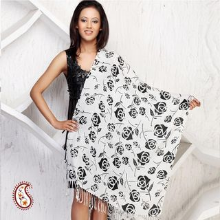 White And Black Printed Stole