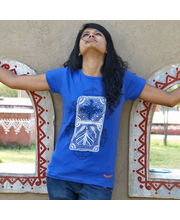 Crawling Engines In Gond Female T-Shirt, Blue, M