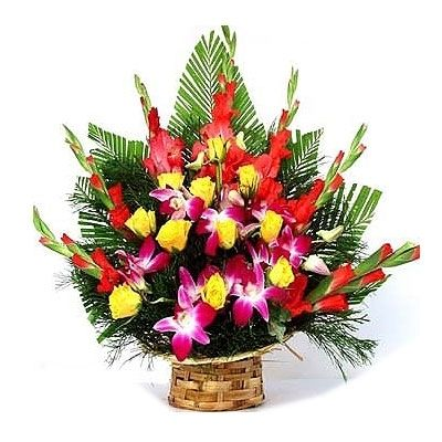 Cute Basket of Roses Lily Gladrags Flower Gift 234