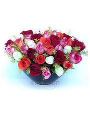 Cupid Bunch Of Mix Roses In Glass Vase Flower
