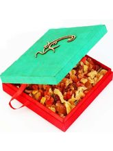 Om Green Real Dried Fruit Box