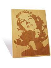 Engrave Rita Hayworth Plaque (Multicolor)