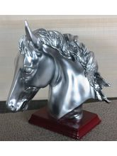 Importwala Horse Head With Wooden Base, Silver