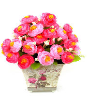 Arrangement Of Silk Roses In Designer Vase (Pink)