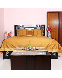 Rivayat Banarasi Hand Made Silk King Size Bed Sheet with 2 Pillow Cover & 2 Cushion Cover, royal yellow
