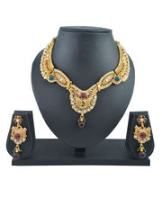 Aakshi Bridal Luxury In Pearl Pal Mino Red-Green Jewellery Set