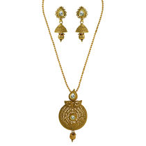 Simaya brings Traditional Style Pendant Set (TN 0062)