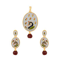 Voylla Oval Pendant Set With Peacock Design Coloured Enamelling Glitter   MAPNQ20722