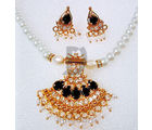 Anamika Pearl Necklace Set