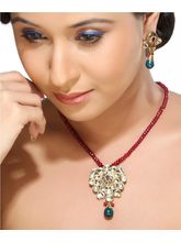 White Kundan Meena Work Pendant Set