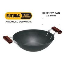Hawkins Futura Flat Bottom Hard Anodised Kadhai without Lid, standard-black
