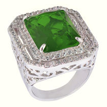 Shaze Silver-Colored Green Winslet Ring